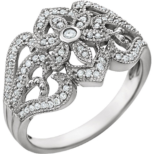 14kt White Gold 1/4 ct Diamond Floral Vintage Style Ring