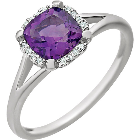 14kt White Gold 4/5 ct Amethyst Halo Ring with 1/20 ct Diamonds