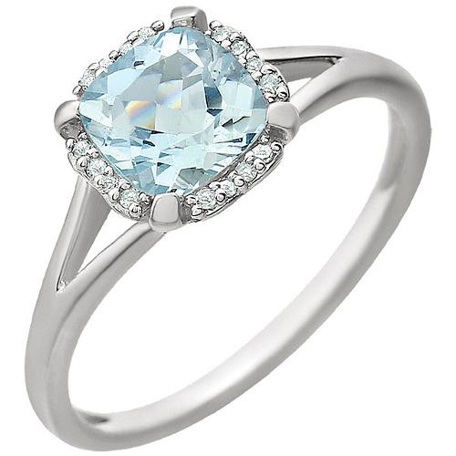 14kt White Gold 9/10 ct Aquamarine Halo Ring with 1/20 ct Diamonds