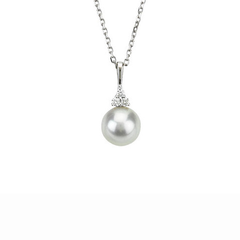 14kt White Gold 8mm Freshwater Cultured Pearl Diamond 18in Necklace