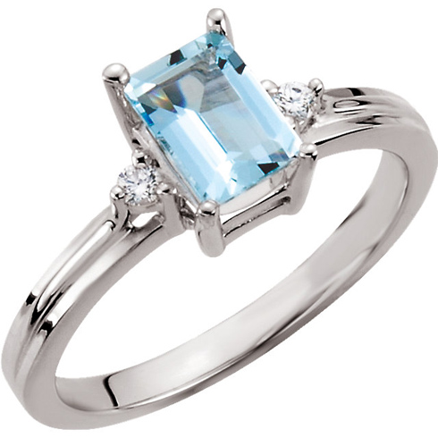 14kt White Gold .90 ct Emerald-cut Aquamarine and Diamond Ring