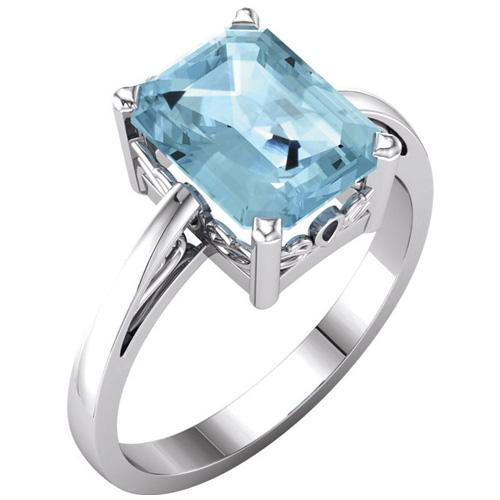 14kt White Gold 2 ct Emerald-cut Aquamarine Ring