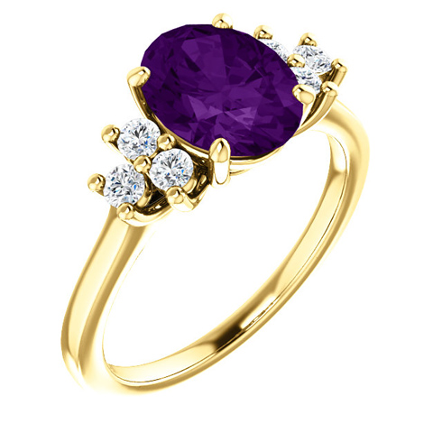 14kt Yellow Gold 1.7 ct Oval Amethyst and 1/4 ct Diamond Ring
