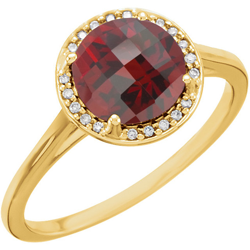 14kt Yellow Gold 2.35 ct Garnet Halo Style Ring with Diamonds